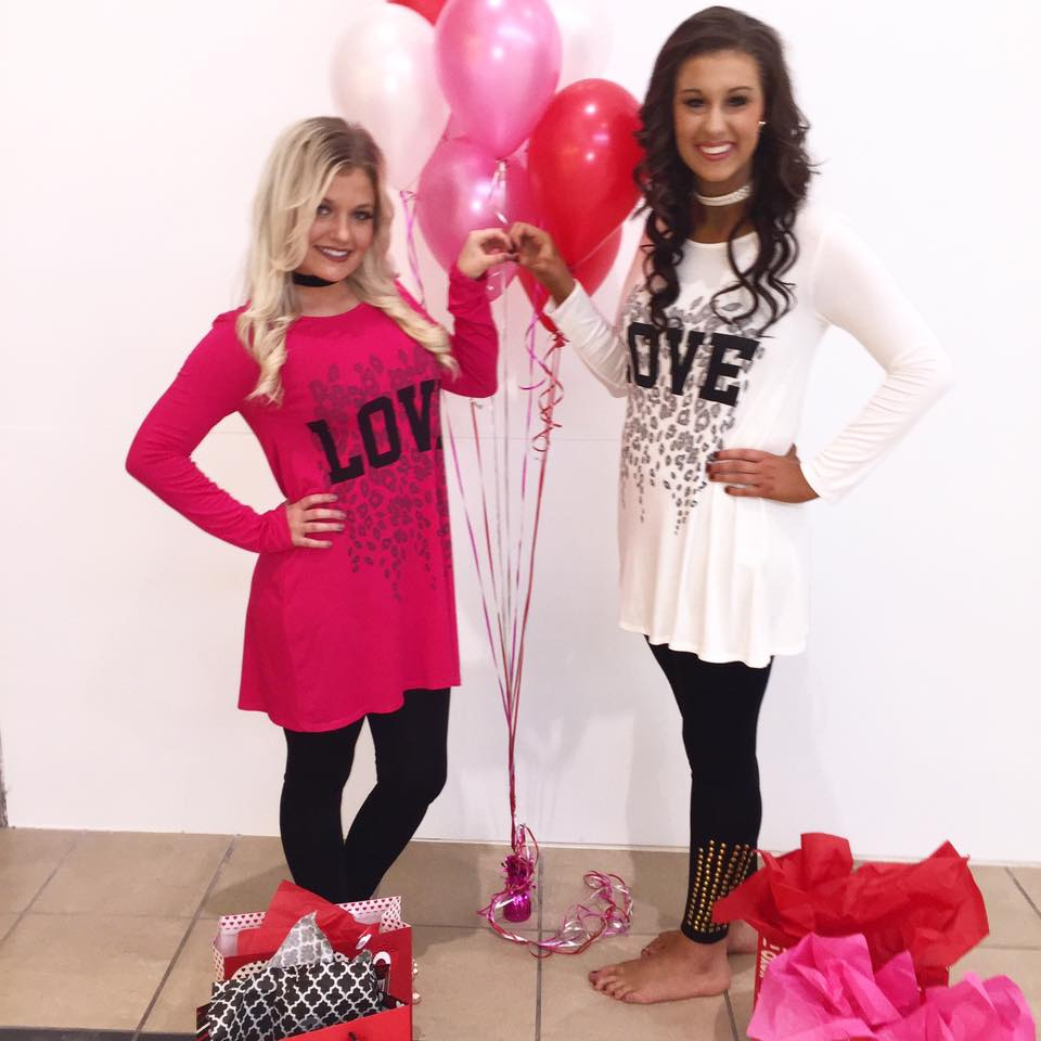 Rocking Valentineu0027s Day Outfit To Glam You