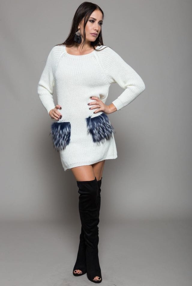 Sassy Mini Knitted Dress With High Thigh Shoes