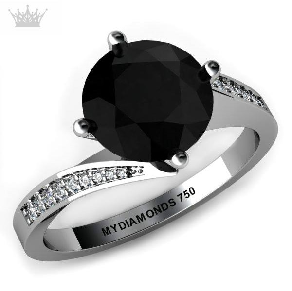 Unique Design Of Ring With Black & White Diamonds