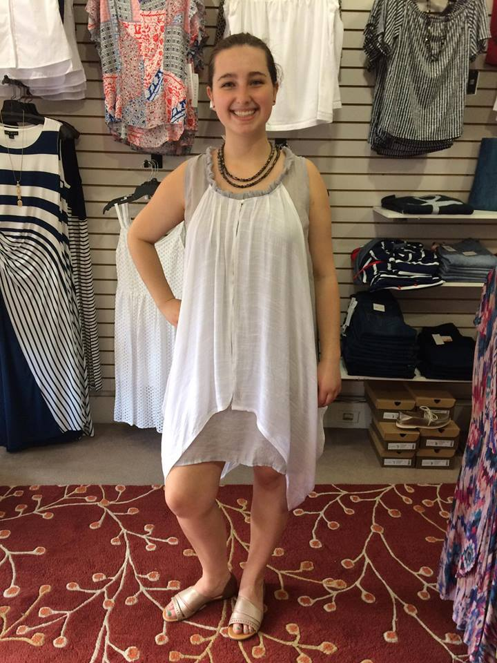 Vintage Style Airy Summer Outfit