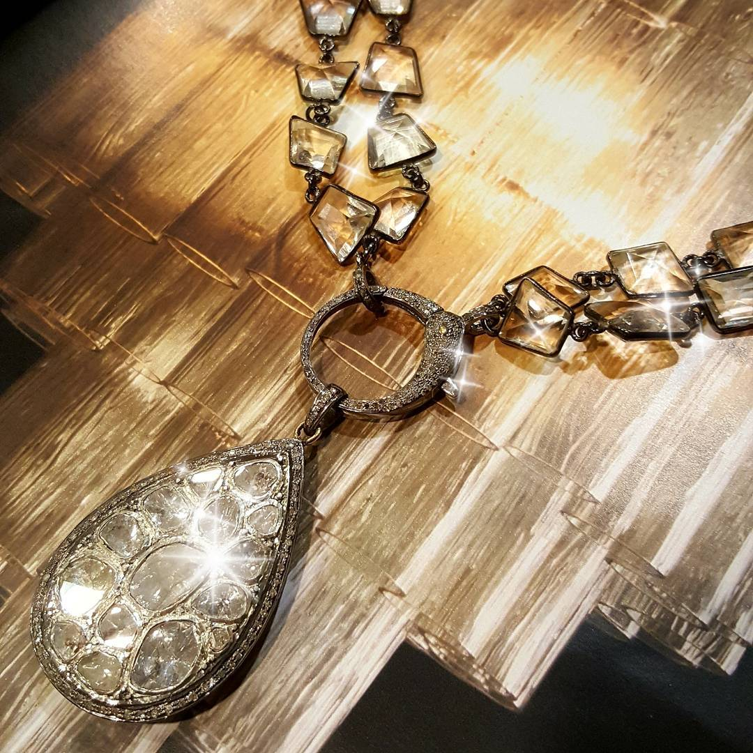 Amazing Boho Style Diamond Pendant With Chain