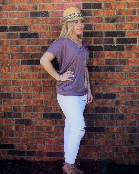 Comfy Mauve Colored Top With White Distressed Jeans