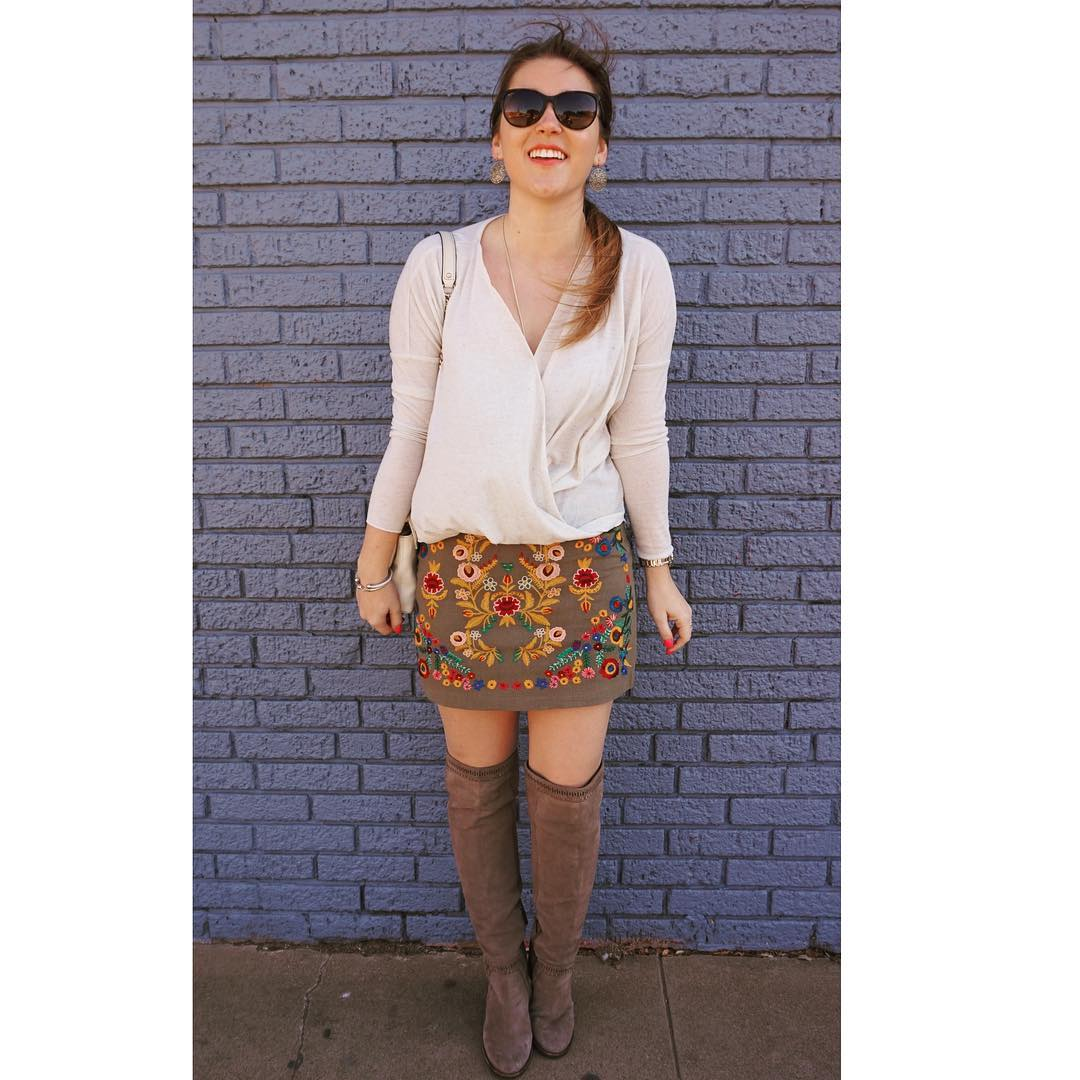 Cool Colorful Skirt With Elegant Top And Thigh Shoes For Teenage Girls