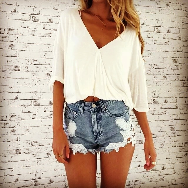 Cute V-Neck White Crop Top With Denim Shorts