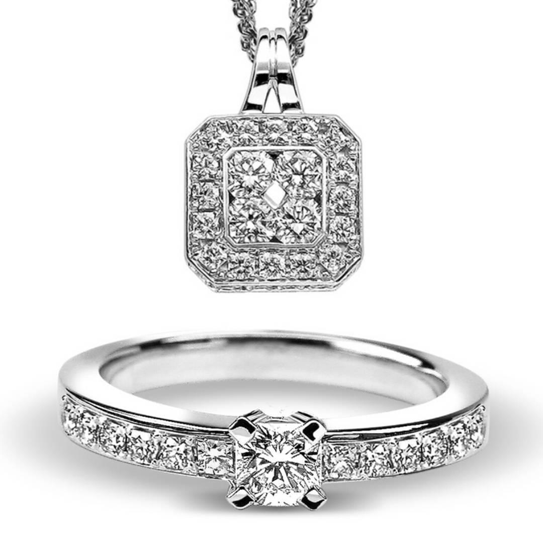 Ravishing Pendant With Ring