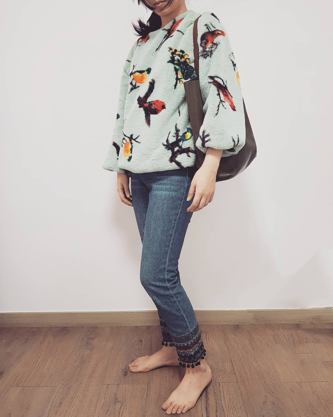 Ultimate Bird Print Loose Top With Jeans