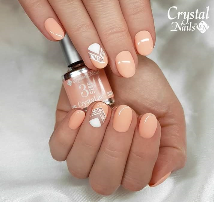 Alluring Peach Geometric Patterned Crystal Nails