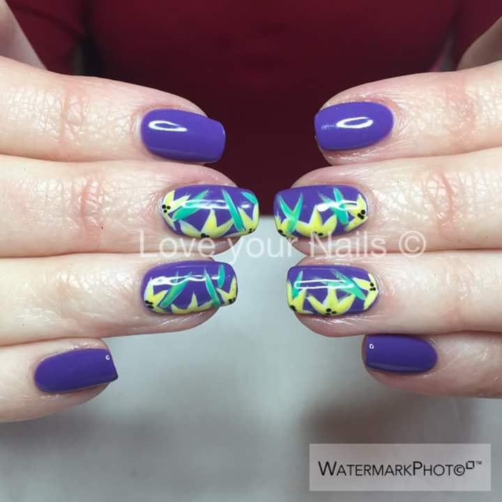 Blue Summer Nails With Yellow Flower