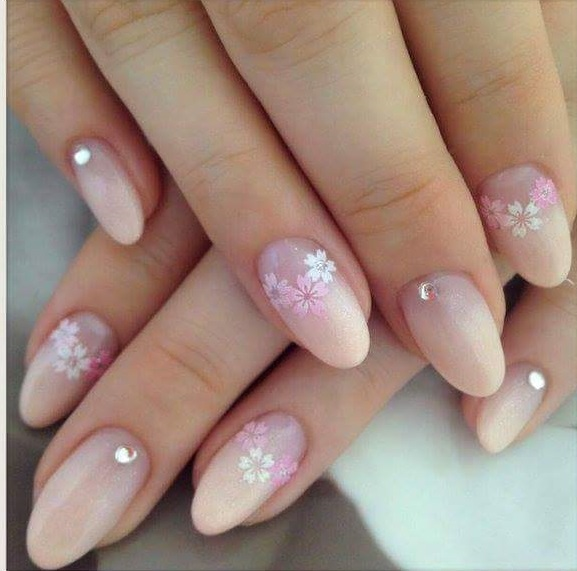 Decent Pink Nails With Flowers For Summer Day Out