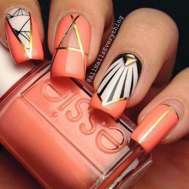 Mesmerising Tangerine Summer Nail Art With Golden Touch