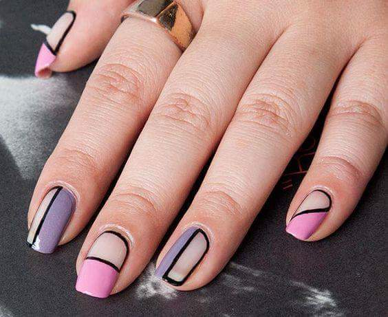 Patterned Nails With Line And Partition