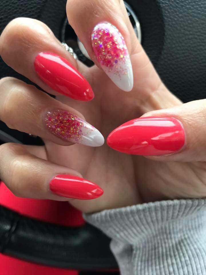 Stylish red & White Nails For Summer Party