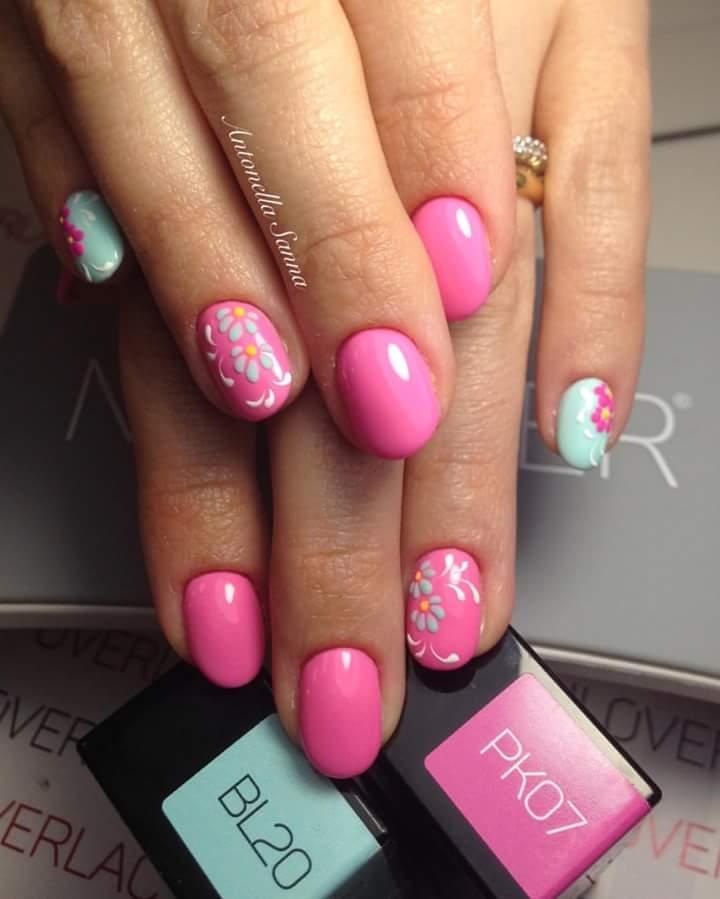 Swanky Pink Short Summer Nails