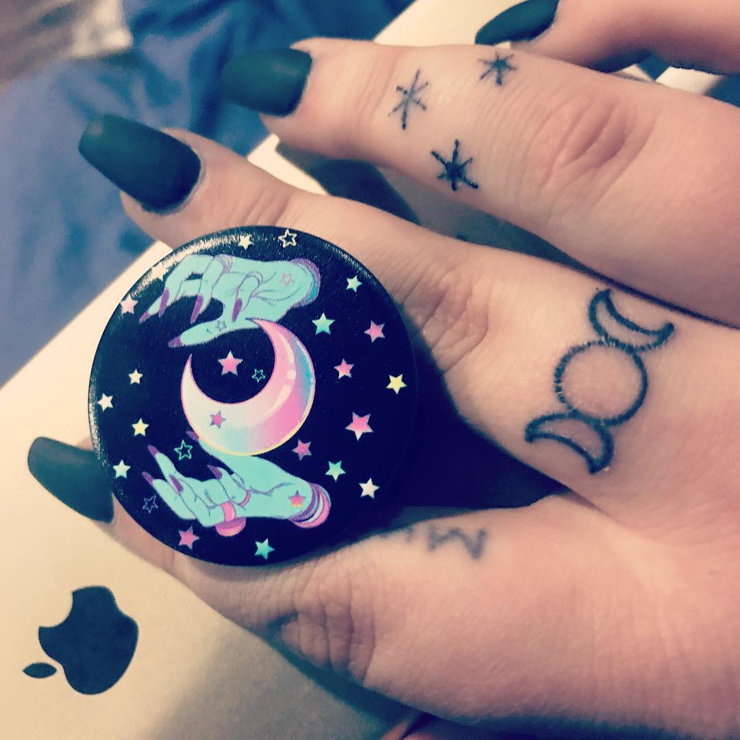 Witchy Triple Moon Finger Tattoo From Harry Potter Chapter
