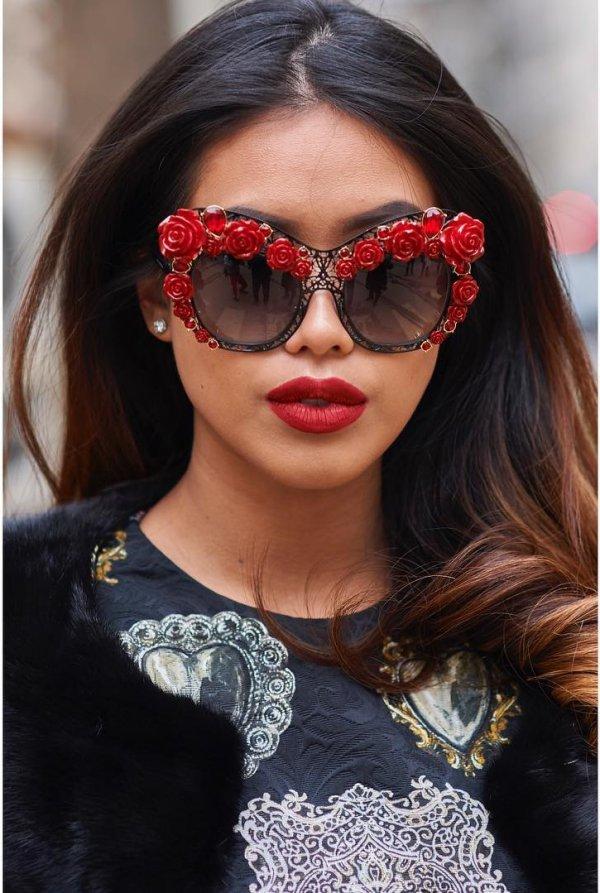 60 Modish Designs in Women Sunglasses 2018