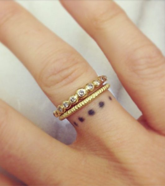 60 romantic ring finger tattoo ideas. Black Bedroom Furniture Sets. Home Design Ideas