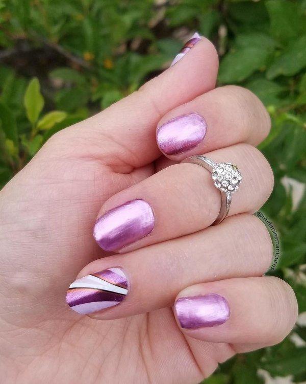 New Style Easy Popular Pink Stripe Nail Art Blurmark