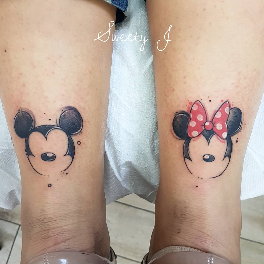 Trendy Mickey And Minnie Mouse Tattoo On Both Legs Blurmark